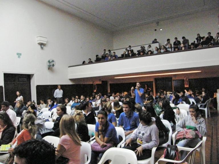 20120409131155_escuelas6.jpg