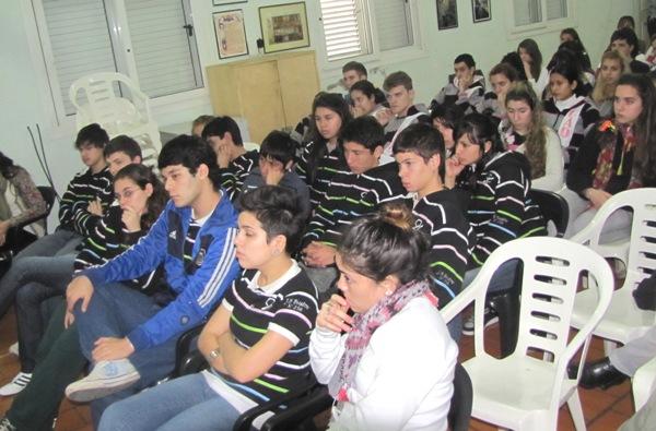 20120822103208_bustos2.jpg