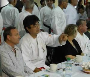 20121023120058_karate.jpg