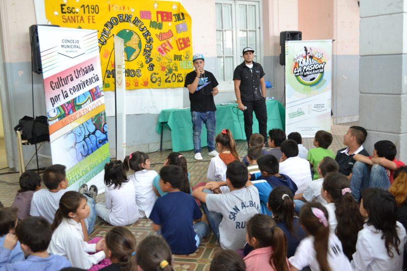 20151111120029_escuelacentenario2.jpg