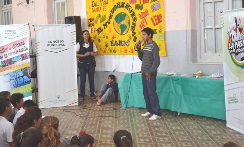 20151111120056_escuelacentenario4.jpg