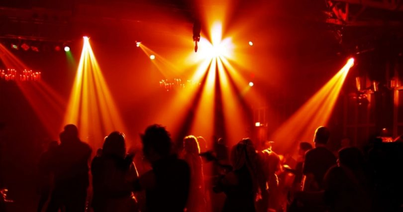 20171214170935_disco-dancing1.jpg